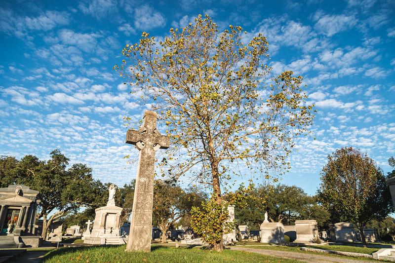 Metairie Cemetery / Lakelawn Cemetery