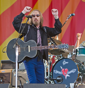 Tom Petty~New Orleans Jazz Festival 2012~ Put on one of his best performances, digging deep into his archive!