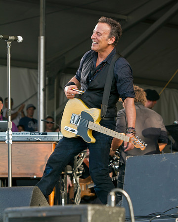 Bruce Springsteen and his famous Telecaster Guitar.