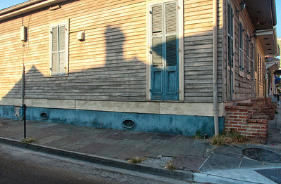 New Orleans corner house