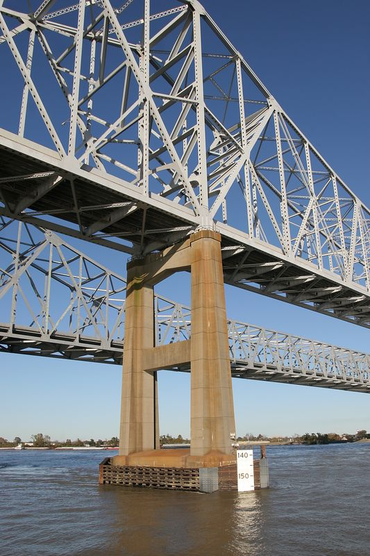 Louisiana, New Orleans, the Crescent City Connection bridge over the Mississippi river
