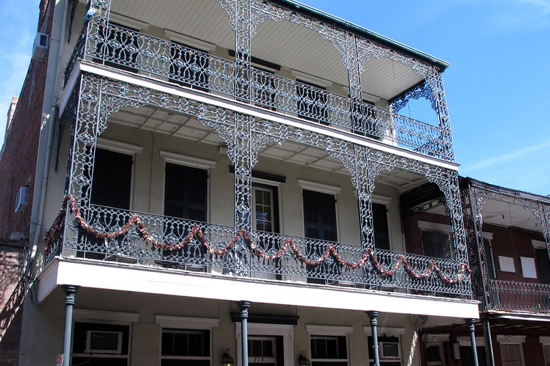 NOLA's spacious cagelike terraces