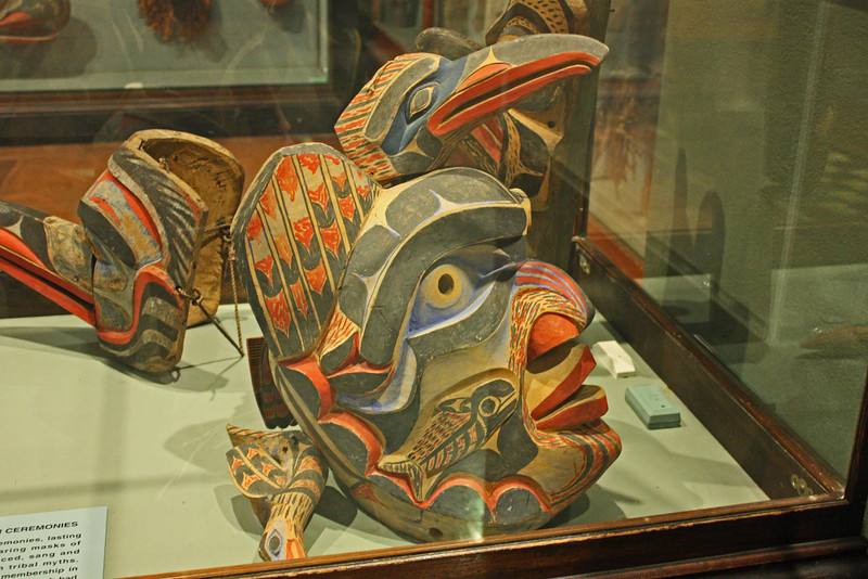 AMNH - Pacific NW Indian display