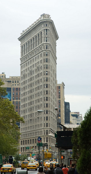 The Flatiron building in the sucky Friday morning weather.