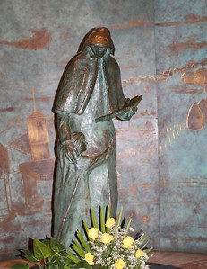 sculpture inside St. Patrick's honoring mothers