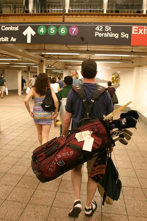 Subway Golfer