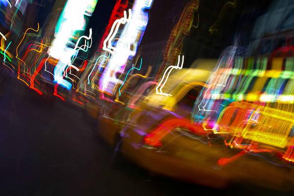 420646_times square blur
