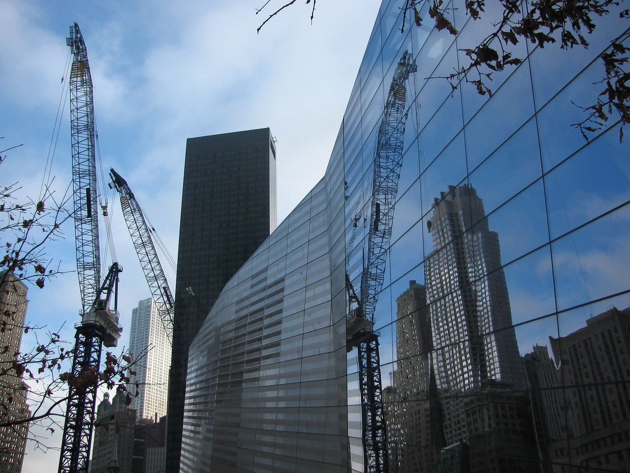 Scene of the construction at the 9-11 Memorial - the unopened museum is at the right.