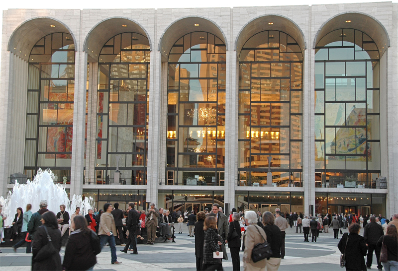 Metropolitan Opera House just before curtain time.
