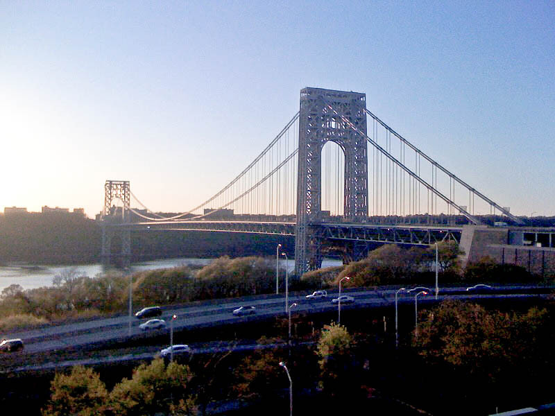 George Washington Bridge, Hudson River, viewed from northern Manhattan (NY) to New Jersey.