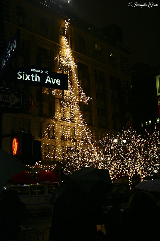 Herald Square, Macy's decorations.