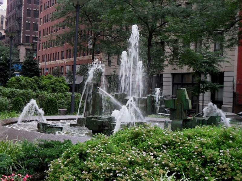 Fountain near Cantor