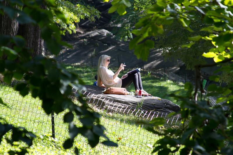 "Chilling in Central Park <a href=""http://wklein.smugmug.com/Travel/New-York-City"">http://wklein.smugmug.com/Travel/New-York-City</a>"