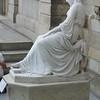 Met Statue