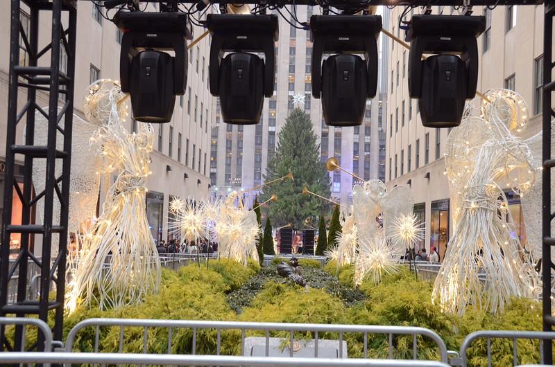 Rockefeller Center shortly before the tree lighting