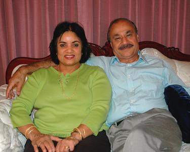 Kiran Mausi & Satish Mausaji (Bahl) at their home in Hamilton Sq, NJ, USA.  Aug 2004
