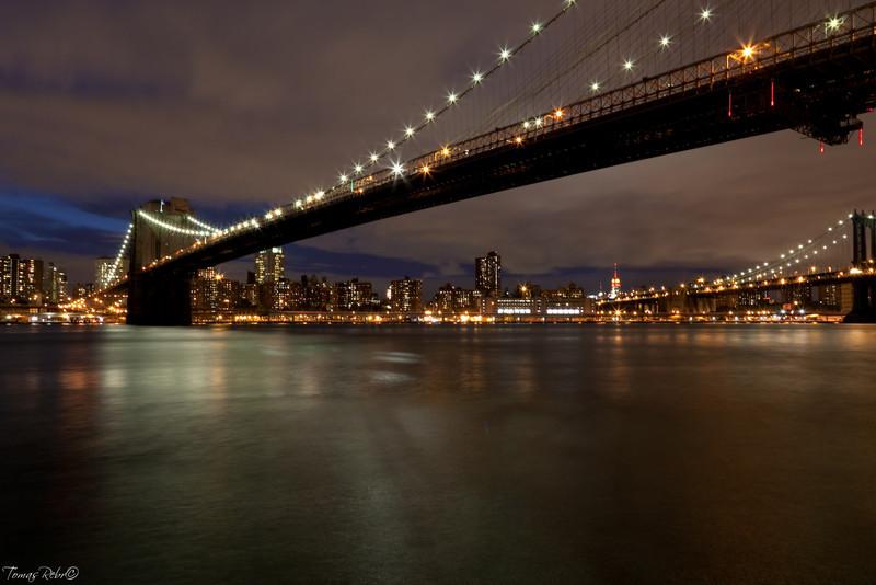 Brooklyn bridge in the evening, New York, USA