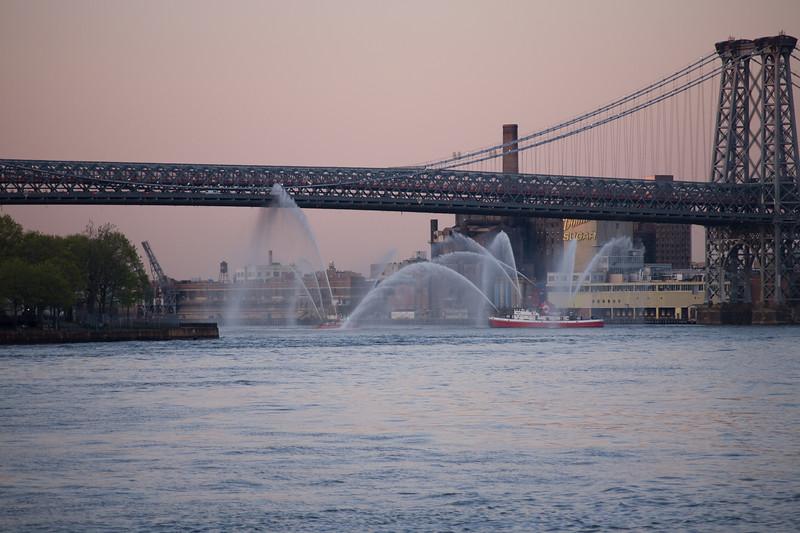 050307-NYC-NightCruise-070