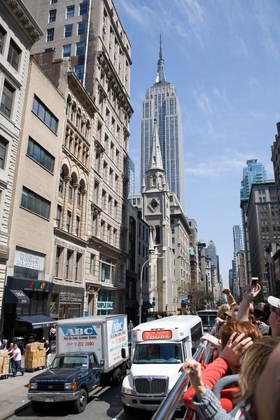 043007-NYC-BusTour-041
