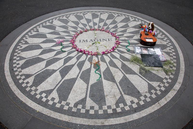 050207-NYC-CentralPark-StrawberryFields-001