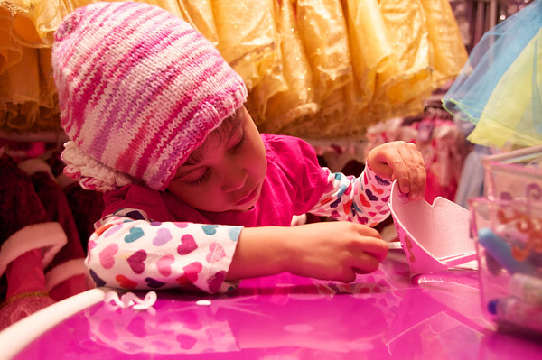"""Cyane making her princess crown at FAO Schwarz - """"Best place in the WHOLE WIDE WORLD!"""""""