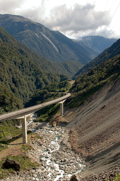 Arthur's Pass viaduct.