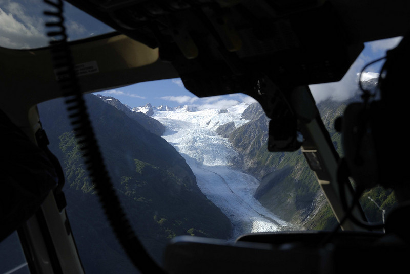 Flying onto the Franz Josef Glacier