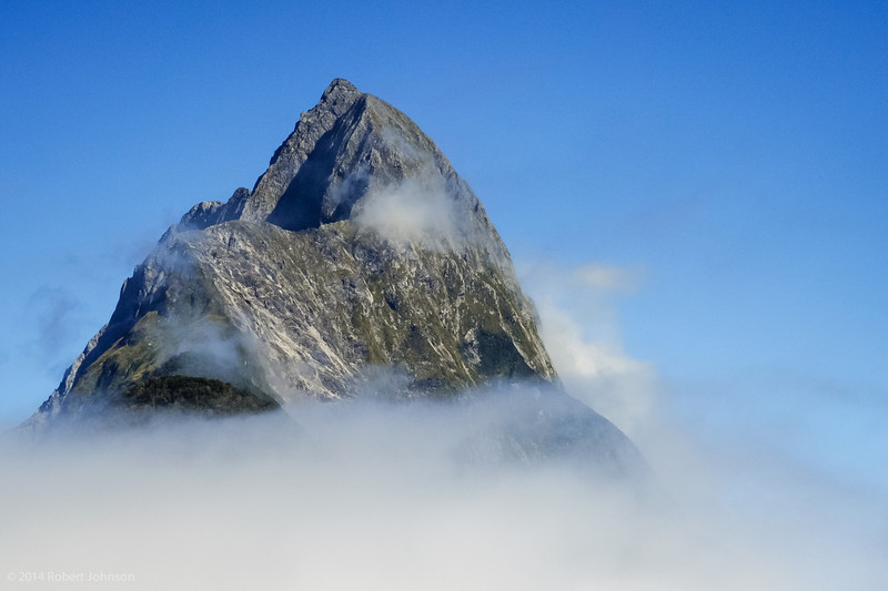 Mitre Peak rises to 1692 m from the water of the Milford Sound (more technically a fjord).
