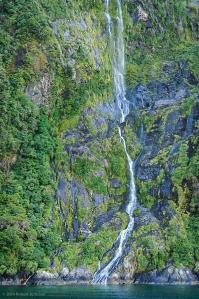 Palisade Falls, Milford Sound