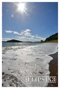 Te Ti Beach, paddling.