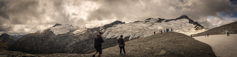 180 degree View of Tyndall Glacier