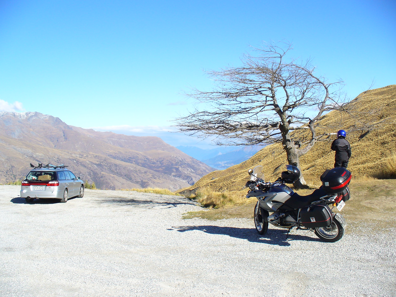 Top of Crown Range, highest sealed rd in NZ, Quenstown in distance