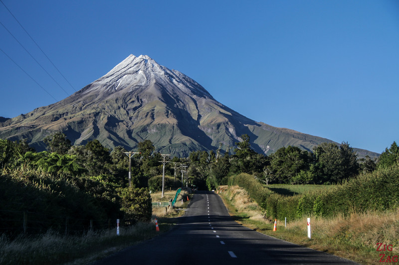 Dangers on the New Zealand Roads - landscapes