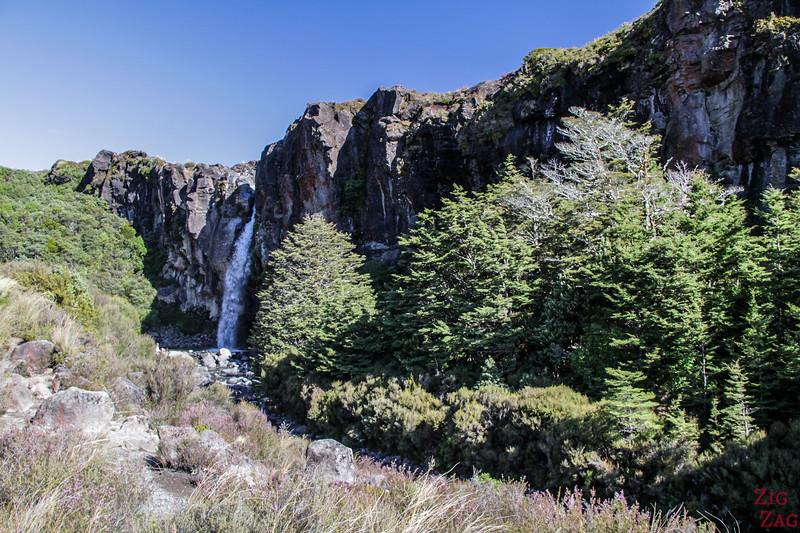 Taranaki Falls in pictures 3