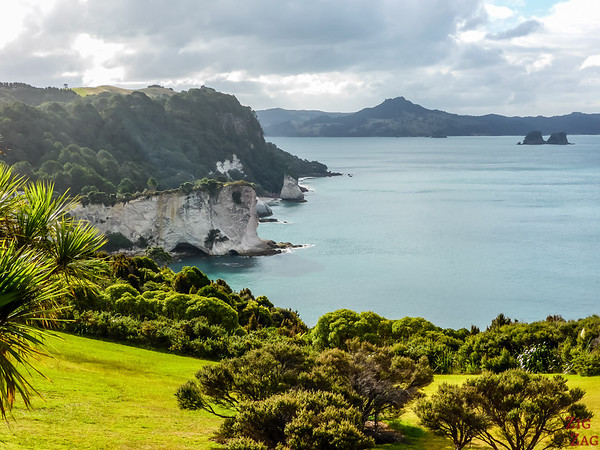 New Zealand 10 day itinerary North Island - Cathedral cove walk