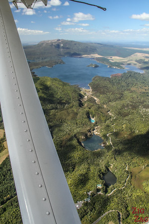 Flying over the volcanic region of Rotorua 2