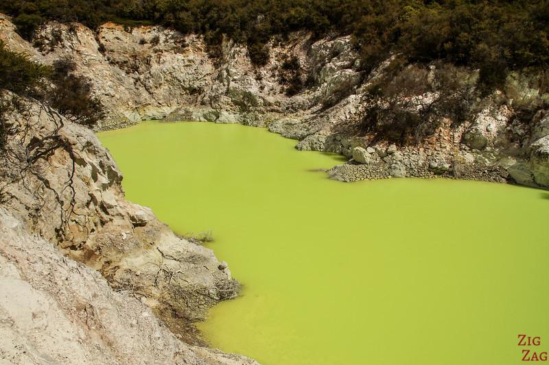 Rotorua vallée geothermique - Wai-o-tapu 2