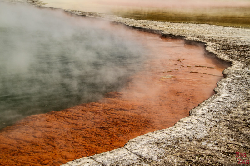 The Champagne Pool - Wai-O-Tapu thermal valley New Zealand 2