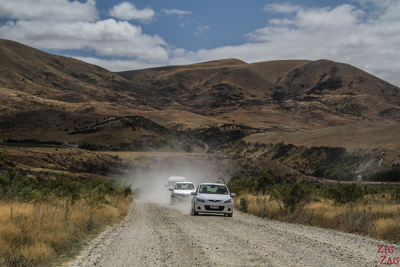 gravel road Omarama clay cliffs New Zealand