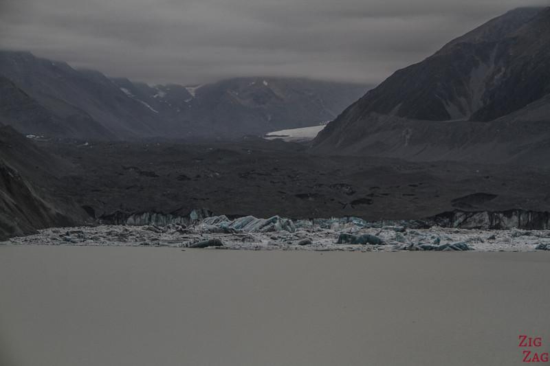 Tasman glacier NZ zoom