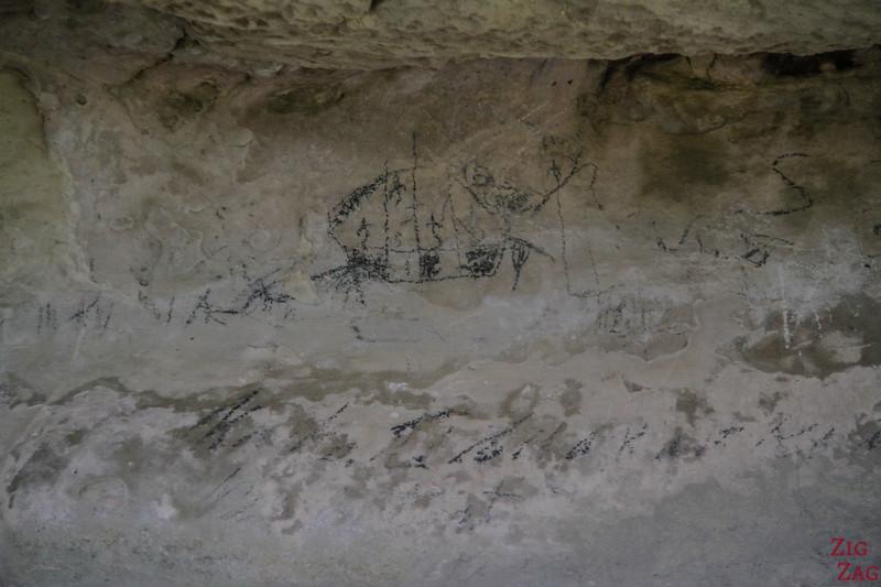 Maerewhenua rock art site 2