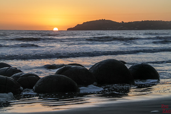 New Zealand South Island Itinerary 3 weeks - Moeraki boulders