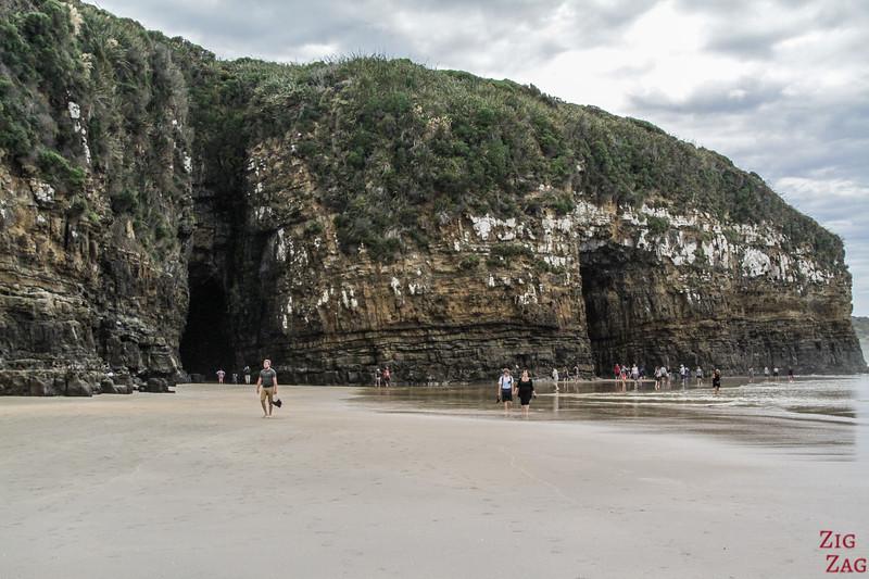 Entrée des grottes Cathédrales