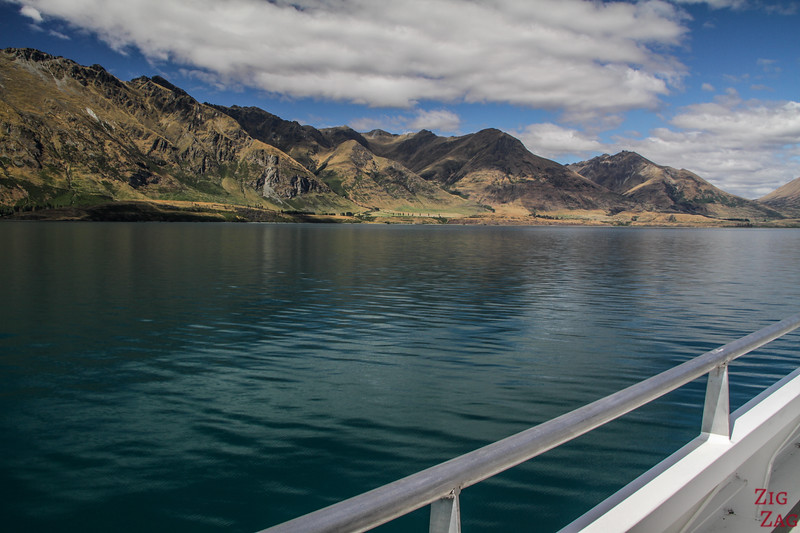 best things to do in New Zealand South Island - Lake Wakatipu