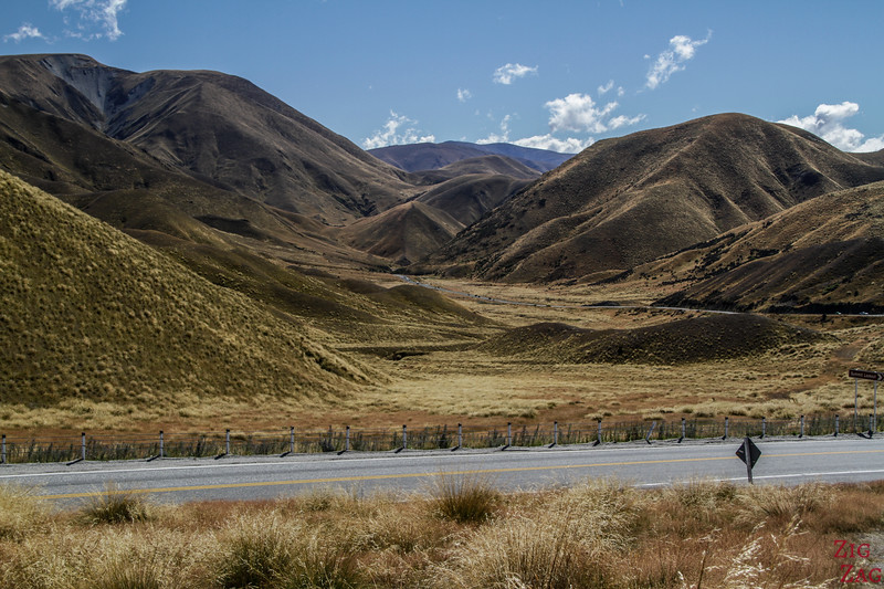 Best drives in the New Zealand mountains - Lindis pass