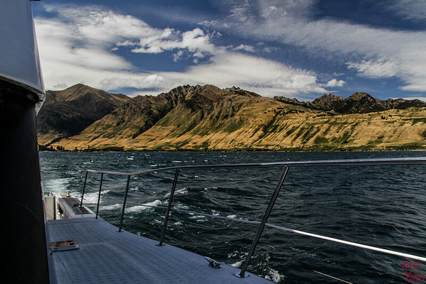 South Island New Zealand Itinerary 10 days - Lake Wanaka cruise