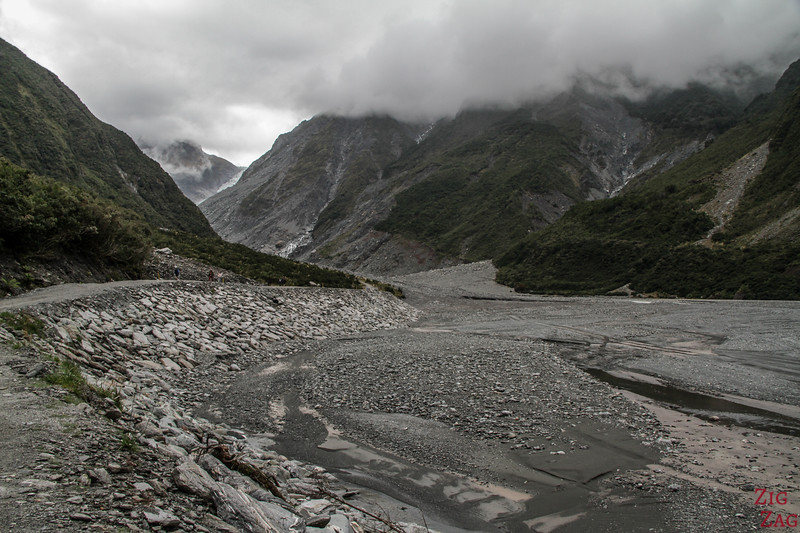 Walk to Fox Glacier New Zealand 1