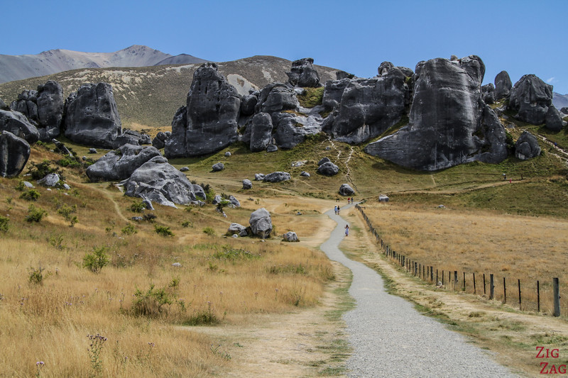 Geological wonders New Zealand - Castle Hill rocks