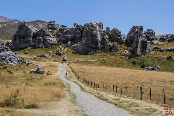 New Zealand South Island Itinerary 7 days - Arthur's pass Castle hill rocks