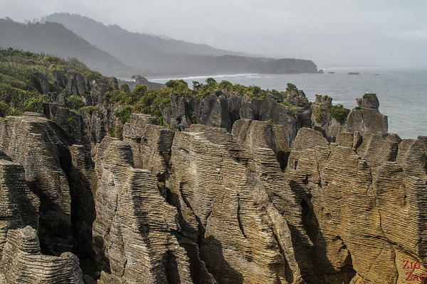 rock formations to admire in New Zealand South Island - Punakaiki